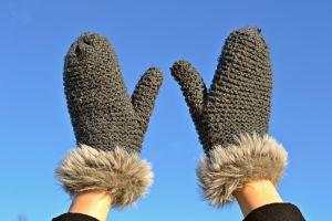 Jak leczyć zimne dłonie?