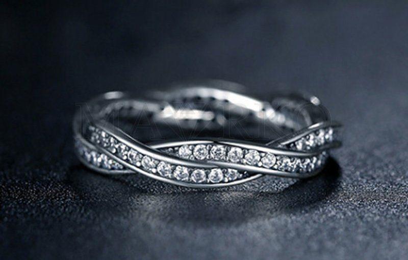 Srebrne pierścionki – co warto o nich wiedzieć?